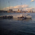 Twitpic of plane on the Hudson